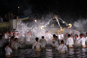 若宮八幡秋季大祭・裸祭り(平成26年12月5日〜7日)